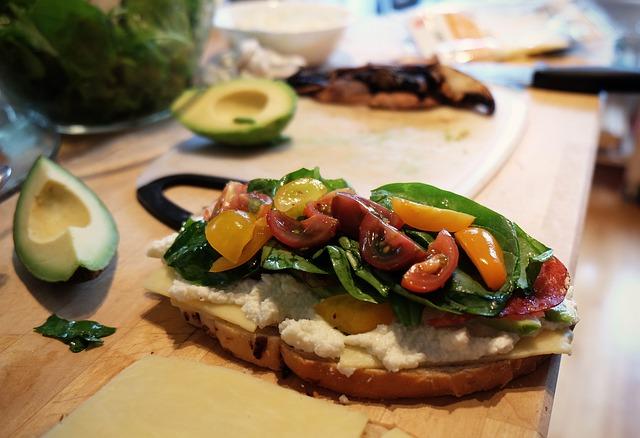 Try Our Favorite Walkable Restaurants on Merrimon – near ModAvlTreehouse
